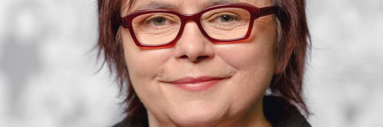 Jutta Rothmund, Senior Consultant bei YouGov