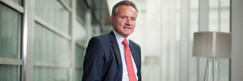 Henderson-Manager John Bennett