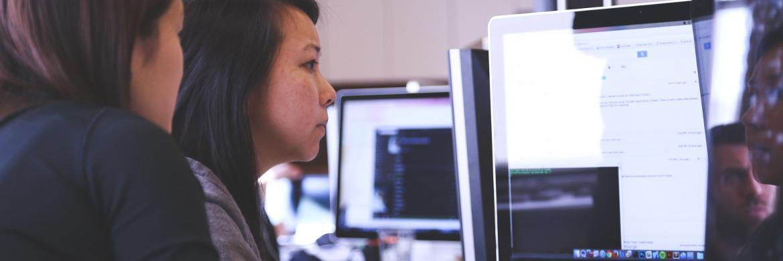 Online-Banking ist vor allem bei jüngeren Bankkunden beliebt.|© startupstockphotos.com