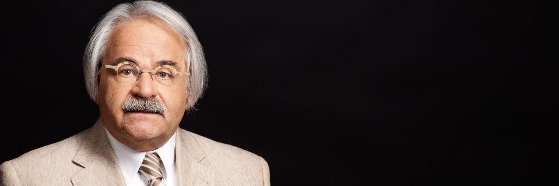 Hans-Peter Schwintowski ist Experte für das Privatversicherungsrecht, für Bank- und Kapitalmarktrecht sowie für Wettbewerbs- und Vertriebsrecht im Versicherungswesen.|© Hoffotografen Berlin