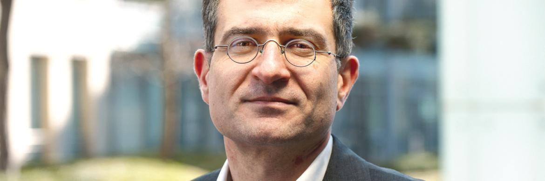 """Ali Masarwah ist seit 2011 als Chefredakteur für alle deutschsprachigen Websites von Morningstar verantwortlich. Zuvor war er seit 2003 beim Portfolio Verlag, zunächst als Chefredakteur von """"Portfolio International"""", später auch als Redaktionsleiter."""