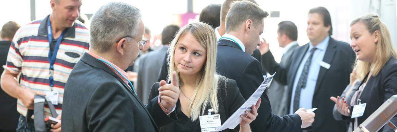 Impressionen von der 7. Hauptstadtmesse der Fonds Finanz: Bei der nächsten Veranstaltung, der 11. MMM-Messe in München am 28. März, stellt der Maklerpool sein Loyalitätsprogramm vor|© Fonds Finanz