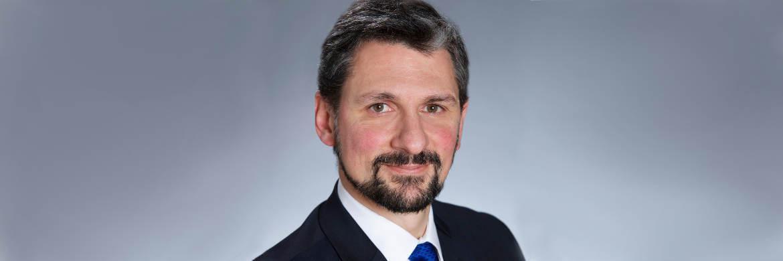 Eugene Philalithis, Manager des Fidelity Zins & Dividende