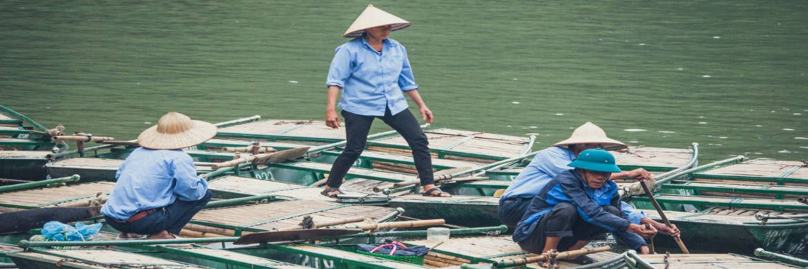 Flussschiffer in Vietnam | © unsplash.com