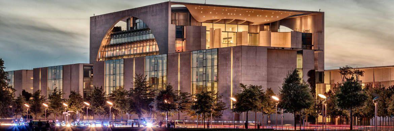 Bundeskanzleramt in Berlin: Das Bundeskabinett berät am 18. Januar über die Umsetzung von IDD|© pixabay.com