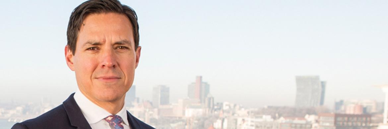 Christian Depken ist Fachanwalt für Handels- und Gesellschaftsrecht in Hamburg.|© Riverside Rechtsanwälte