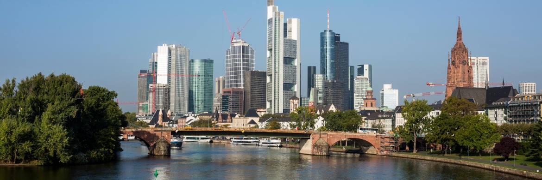 Die Skyline der deutschen Bankenmetropole Frankfurt, die bei internationalen Bankern bisher keinen besonders guten Ruf genießt|© Bankenverband - Bundesverband deutscher Banken