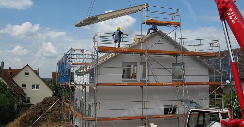 Baufinanzierung: Nur 5 von 21 Banken und Vermittlern beraten gut