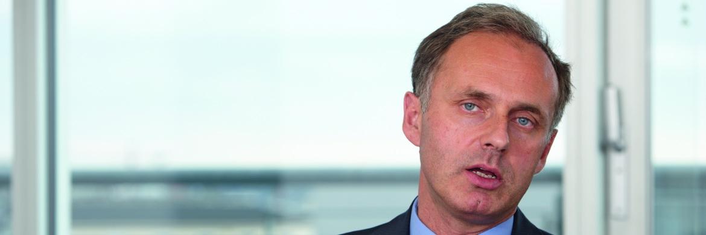 Thomas Schüßler managt den DWS Top Dividende für Deutsche Asset Management