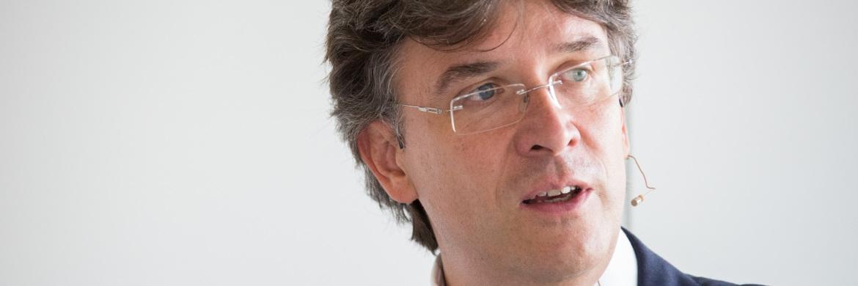 Frank Fischer, Manager des Frankfurter Aktienfonds für Stiftungen.|© C. Scholtysik/P. Hipp