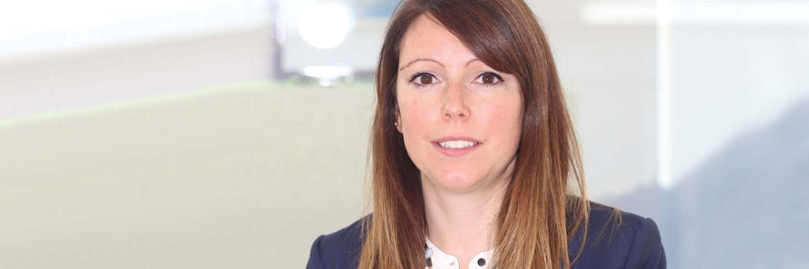 Elly Irving, Environmental, Social and Governance Analyst bei Schroders