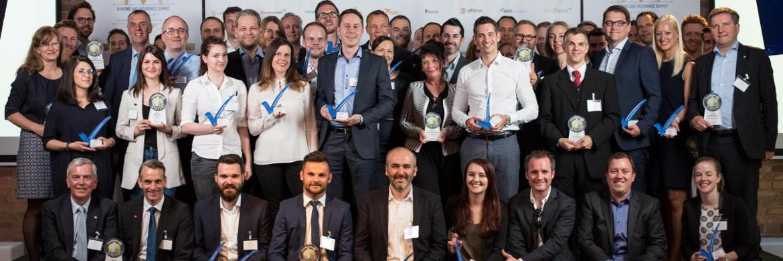 Beim zweiten Banking and Insurance Summit in Berlin wurden neben den diesjährigen eKomi Awards auch die BankingCheck Awards für insgesamt 66 ausgezeichnete Produkte und Unternehmen der Finanz und Versicherungsbranche verliehen.|© Hannes Gade Photography