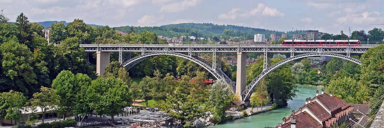 Zur Infrastruktur zählen alle Elemente, die für das Funktionieren von Wirtschaft und Gesellschaft unverzichtbar sind, zum Beispiel das Verkehrsnetz.|© pixabay.com