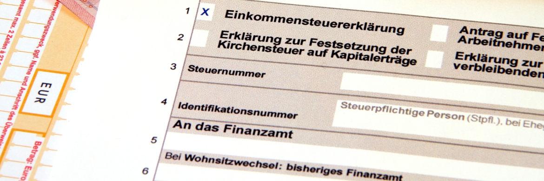 Die Steuererklärung gehört zu den unbeliebtesten Finanzangelegenheiten.|© Thorben Wengert  / <a href='http://www.pixelio.de/' target='_blank'>pixelio.de</a>