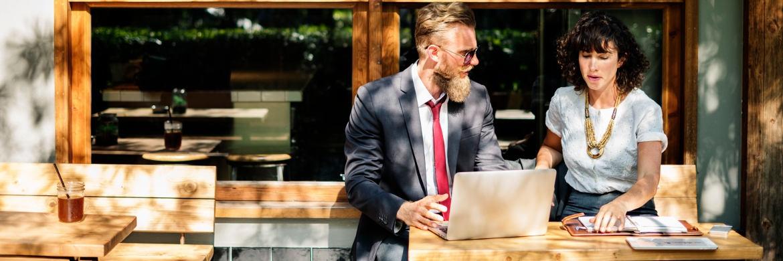 Neue Arbeitsformen sind auch für viele Vermittler und Makler zukünftig angesagt.|© rawpixel.com