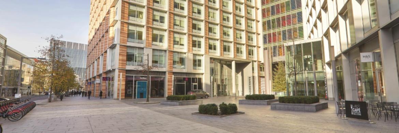 Diese Immobilie in London kam ebenso wie Objekte in Barcelona, Enfield und Berlin während der vergangenen zwölf Monate ins Portfolio des Fonds Grundbesitz Europa. Britische Immobilien machen aktuell 24,1 Prozent des Fonds aus.|© RREEF Investment