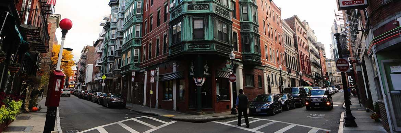 Wohnstraße in Boston. Im Großraum der Stadt will die BVT mit ihrem US-Fonds Wohnprojekte finanzieren.|© Pixabay