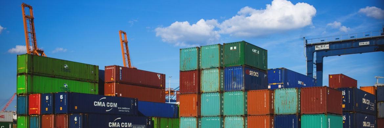 Pimco sieht den globalen Handel vor mehreren kritischen Wendepunkten in der Geld-, Fiskal-, Handels-, Geo- und Währungspolitik.|© freestocks.org