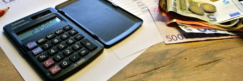 Ein Taschenrechner: Die BdV-Berechnungen zur Ablaufleistung von LV-Policen seien unvollständig, kritisiert der GDV|© pixabay.com