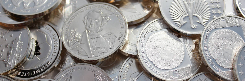 Silber gilt wegen seines geringeren Preises als kleiner Bruder des Goldes.|© Pixabay