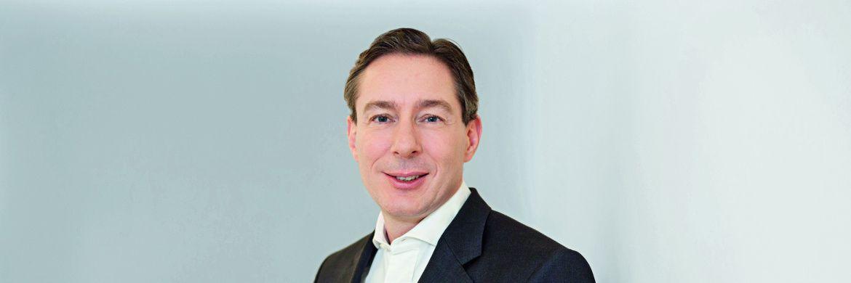 Johannes Anschott (47) ist seit April 2016 im Vorstand der Commerz Real. Dort verantwortet er unter anderem das Geschäft mit institutionellen Investoren.