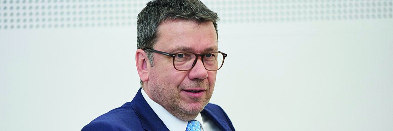 Klaus-Dieter Erdmann, Mitgründer des Messekongresses funds excellence|© Piotr Banczerowski