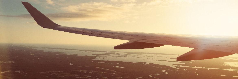Blick aus einem Linienflugzeug: Die Pleite von Air Berlin betrifft auch viele Privatanleger.|© Pexels