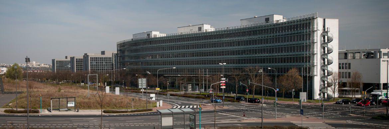 Bafin-Sitz in Frankfurt am Main. Die Finanzaufsicht hat dem Versicherer DeGeKa den weiteren Geschäftsbetrieb verboten.