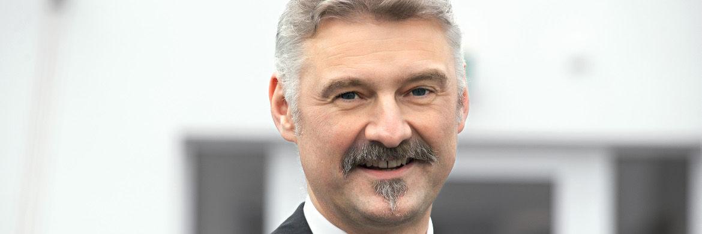 Norbert Hagen, Vorstand der ICM Investment Bank: Die Tesla-Aktie ist überteuert|© ICM