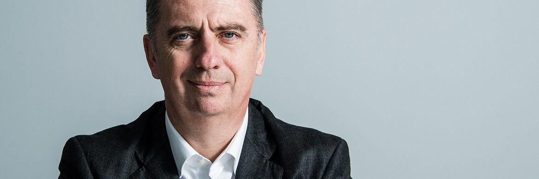 Nicolas Moreau ist Chef der Deutschen Asset Management: Die Vermögensverwaltungstochter der Deutschen Bank wird unter Mifid II die externen Research-Kosten für Fonds übernehmen.