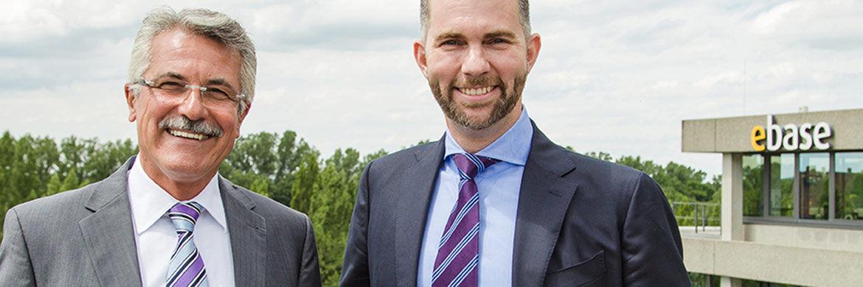 Die Ebase-Geschäftsführer Rudolf Geyer (l.) und Marc Schäfer: Ihr hauseigener Robo Advisor Fintego hat einen Großteil der ehemaligen Cashboard-Kunden aufgenommen.