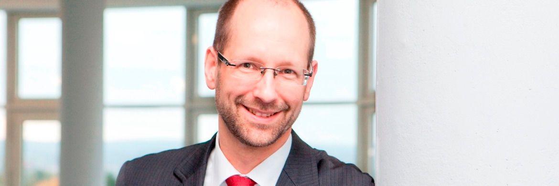 Versicherungsexperte Matthias Beenken unterzieht den Fortschritten der Lebensversicherer in Sachen Abschlusskosten einer kritischen Analyse. |© Matthias Beenken