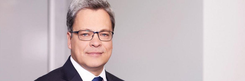 Manfred Knof hatte im April 2015 die Nachfolge von Markus Rieß angetreten: Zum Jahresende wird er den Chefposten bei der Allianz Deutschland aufgeben.|© Allianz