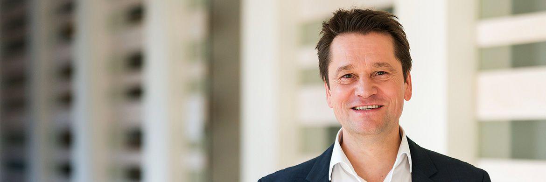 Michael Hauer ist Professor an der Hochschule Amberg-Weiden und Geschäftsführer beim IVFP