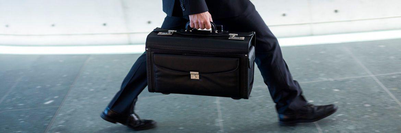 Schutz vor unseriösen Angeboten: Der Bundesverband deutscher Banken gibt Tipps zum Schutz vor Anlagebetrügern.|© Bankenverband; Fotograf: Jochen Zick / action press