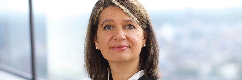 Monika Rothenari: Die Blackrock-Managerin spricht im Interview über die richtige Ansprache der Zielgruppe Frauen.