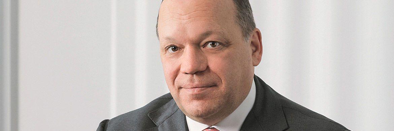 Frank-Peter Martin: Der Chef des Asset Managements des Hauses hatte bereits bei seiner Berufung neue Produkte in Aussicht gestellt.
