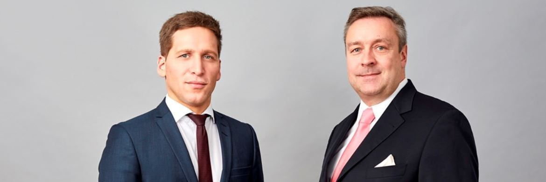 """Ufuk Boydak (l.) und Christoph Bruns (r.), Vorstandsmitglieder der Fondsboutique Loys: """"An den Aktienmärkten sind die Entwicklungen für die Zinsmärkte durchaus nicht unbeachtet geblieben""""."""