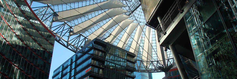 Das Sony Center am Potsdamer Platz in Berlin: Ein kanadischer Pensionsfonds kaufte den Komplex in diesem Jahr für 1,1 Milliarden Euro über einen Share Deal. Steuerertrag für Berlin: Null Euro.|© Pixabay