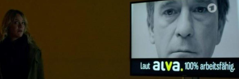 Tatort-Ermittlerin Henni Sieland im Einsatz: Die fiktive ALVA-Versicherung war im Dresden-Tatort zwar nicht die Mörderin, lieferte aber die Motivlage für die Täterin. |© Screenshot ardmediathek.de