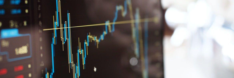 Chartverlauf: Aktienwerden aktuell von vielen Fondsmanagern weltweit in ihren Portfolios übergewichtet. Die Cash-Quoten dagegen sind sehr gering.|© energepic.com