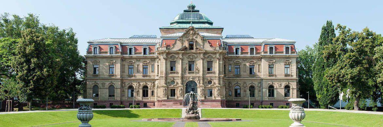 Der Bundesgerichtshof in Karlsruhe: Die Richter dort müssen nun über die Pfändungssicherheit der Riester-Rente entscheiden. |© Joe Miletzki