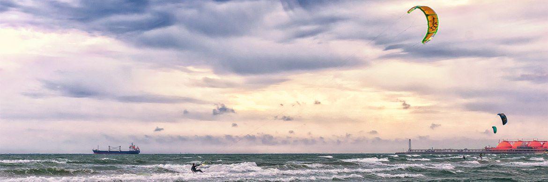 Kitesurfer: Der Wind an den Anleihemärkten wird rauer – kluges Navigieren ist angesagt.