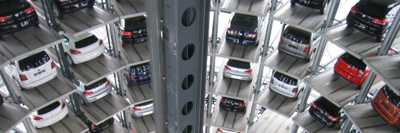 Parkplätze in einem Autofahrstuhl: Trotz der Liebe zum Vehikel wird sich in Zukunft die Zahl der Automobile durch Services wie Uber verringern|© Pexels
