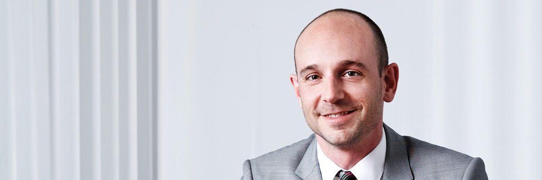 Stefan Meyer ist seit 2006 bei Metzler. Er ist Portfoliomanager im Team Equities und verantwortlich für die Investmentstrategie Europa Nebenwerte. Vor seiner Tätigkeit bei Metzler arbeitete er unter anderem als Portfoliomanager bei Sal. Oppenheim in Köln.