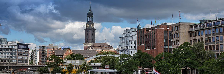 Stadtansicht Hamburg: Bei Immobilien-Rankings liegt Hamburg oft weit vorn