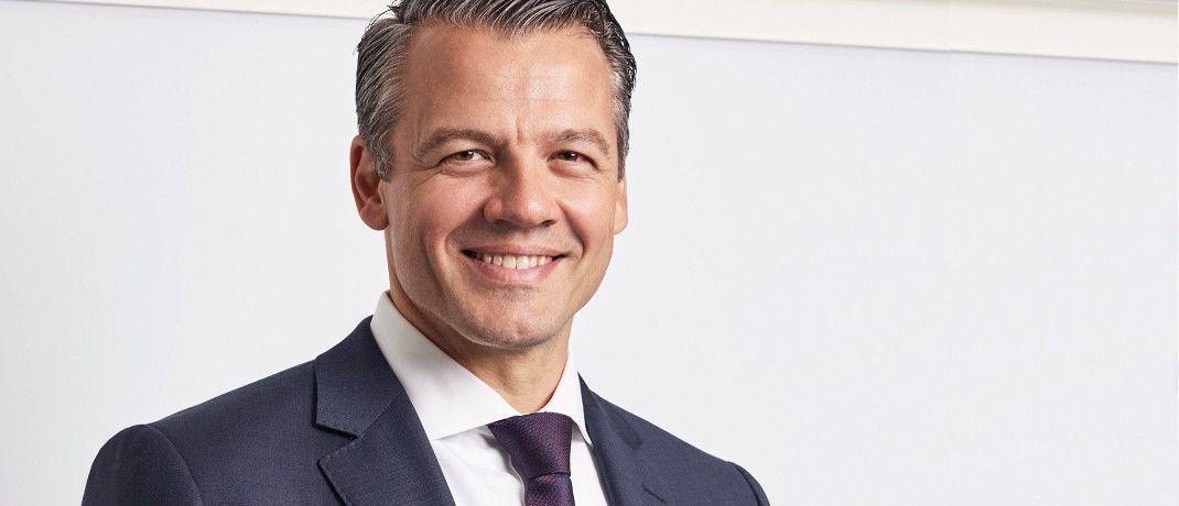 Mathias Müller ist bei Allianz Global Investors für den gesamteuropäischen Vertrieb an Privatkunden und Vertriebspartner wie Banken, Versicherungen, Vermögensverwalter, Finanzvermittler und Family Offices verantwortlich. Müller ist seit Oktober 2000 bei Allianz Global Investors.