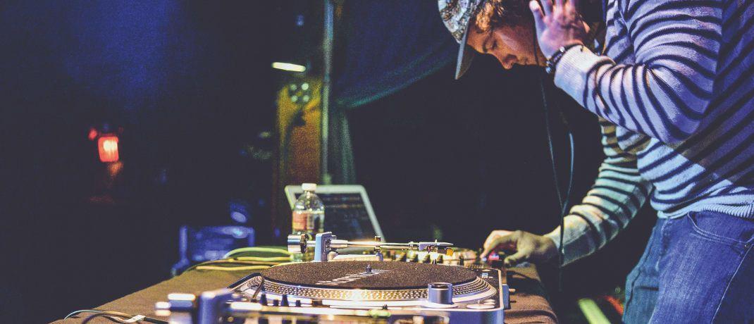 DJ am Mischpult: Die Multi-Asset-Fonds von MFS setzen auf die konsequente Einzeltitelauswahl.