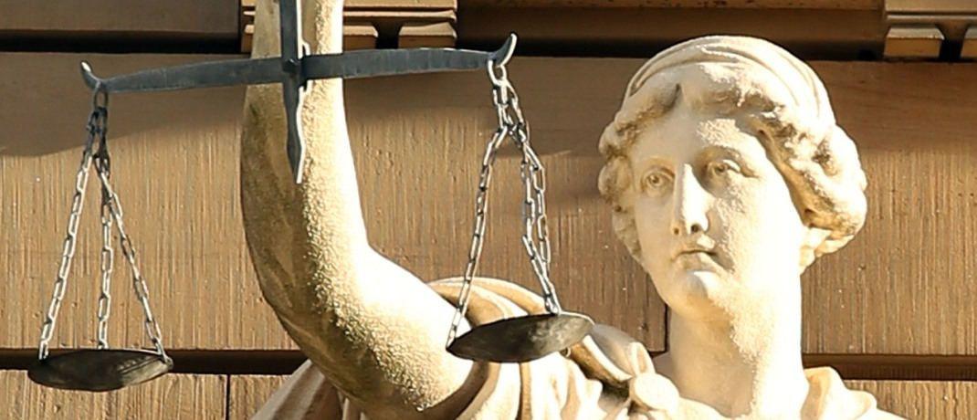 Ein Bild der Justitia: Donner und Reuschel hat eine Klage von Verbraucherschützern bekommen. © Pixabay