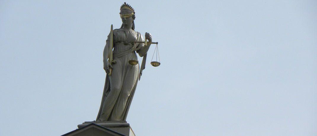 Justitia, die Göttin der Gerechtigkeit: Das Amtgericht Chemnitz hat einen betrügerischen Versicherungsmakler zu zwei Jahren Haft auf Bewährung verurteilt.|© Pixabay
